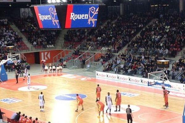 """Le """"Match des Champions"""" se déroule à 21 h dans l'enceinte de la Kindarena de Rouen. En lever de rideau,  une rencontre de gala opposera le Caen Basket Calvados, renforcé par Nicolas Batum au SPO Rouen à 18h30."""