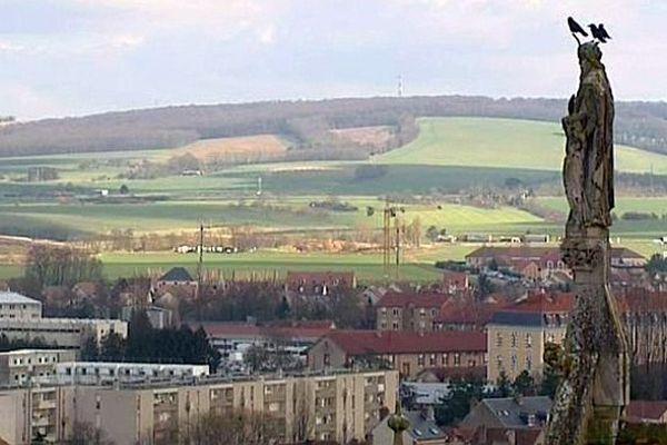vue du haut de la cathédrale de Sens, dans l'Yonne