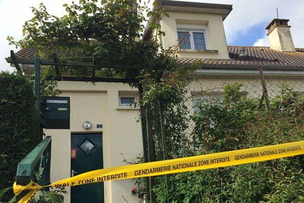 Le corps de la vieille dame de 93 ans a été retrouvé ce jeudi dans son pavillon d'Athis-de-l'Orne