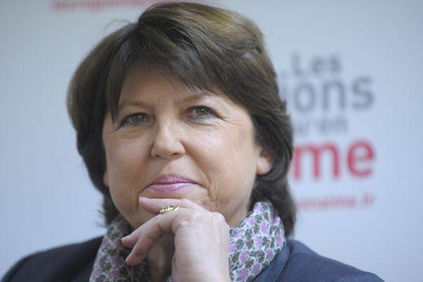 Martine Aubry l'emporterait haut la main aux municipales 2014 selon un sondage BVA publié par Le Parisien
