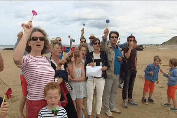 Rassemblement ce dimanche sur la plage d'Arromanches pour s'opposer au projet de parc éolien offshore à Courseulles-sur-Mer