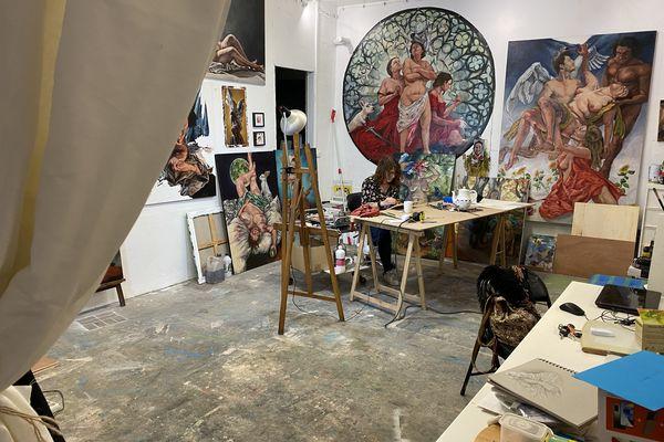 Participer à cette exposition est une façon pour elle de sortir de la bulle de son atelier rouennais.