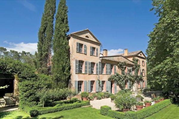 George Clooney's newly bought wine estate in France disputed 6094ec082334b_clean_jt_12_13_grande_region_paca_30_04_2021-00_15_38_00-5306188