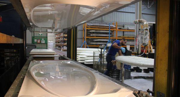 La société Tahé Outdoors qui a succédé à Bic Sport fabrique principalement des flotteurs pour stand up paddle, Surfs ou encore windsurf.