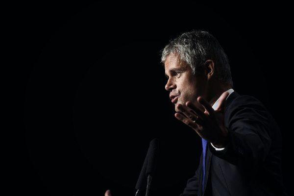 Laurent Wauquiez ( Les Républicains) en campagne pour les élections régionales de décembre 2015