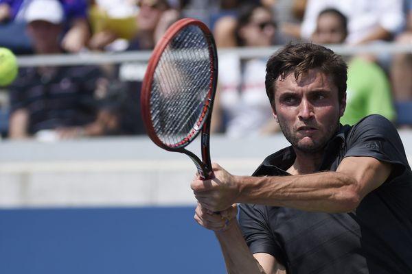Gilles Simon, lors de son premier tour de l'US Open 2015 contre l'Américain Donald Young.