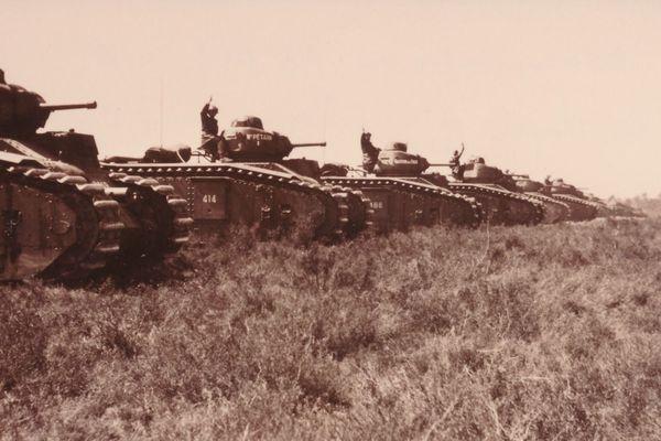 Le 46ème bataillon de chars de combat en manœuvre