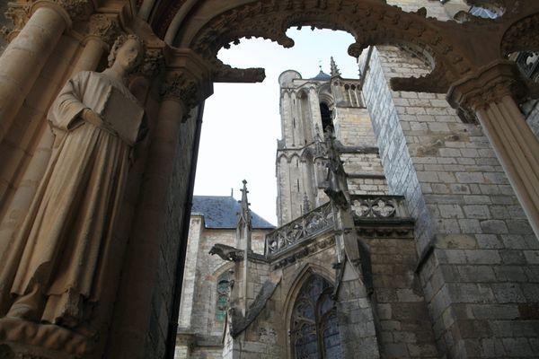 La cathédrale Saint-Étienne de Bourges, un des joyaux de la ville candidate au titre de Capitale européenne de la culture 2028.