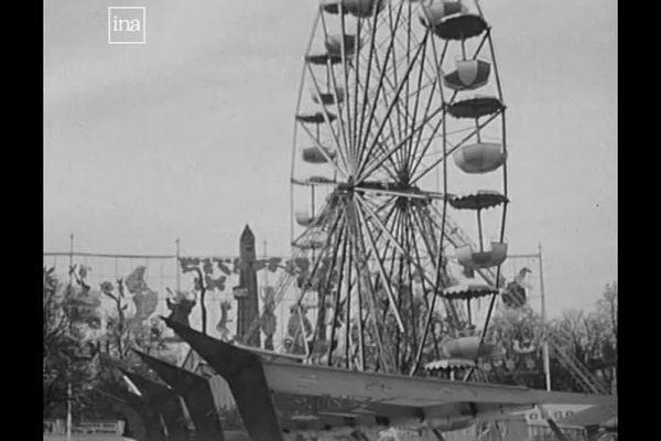 La grande roue, un incontournable des fêtes foraines.