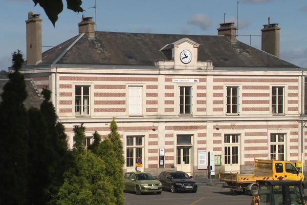 Depuis la fin du confinement, la ville de Bressuire, dans les Deux-Sèvres, est confrontée à un poussée de violence.