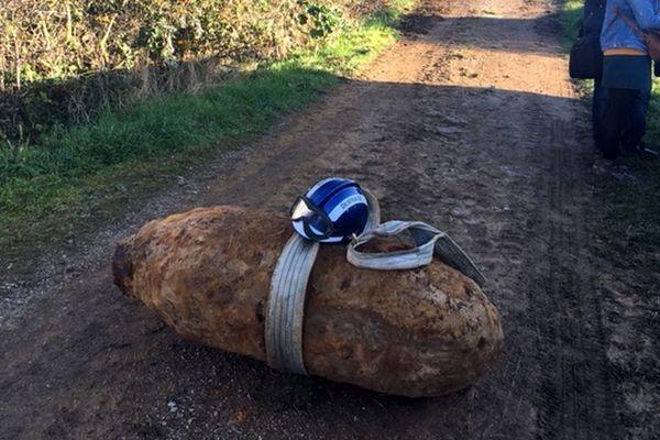 Exemple d'une bombe américaine de 500 kg.