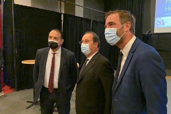 Montpellier - François Hollande a débuté sa visite au collège Simone Veil, en présence de Michaël Delafosse, le maire de la ville - 27.05.21