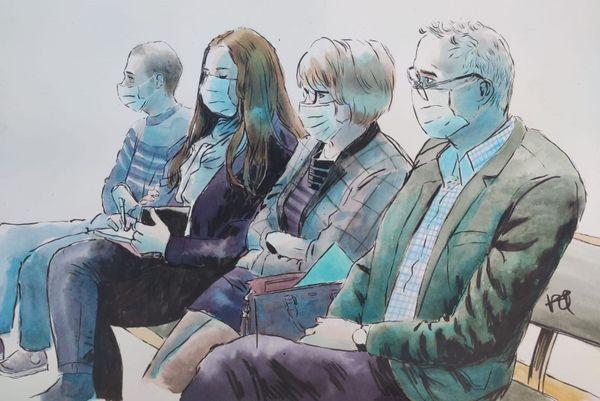 Grégory et Stéphanie Gay, Isabelle et Jean-Pierre Fouillot lors du procès de Jonathann Daval.