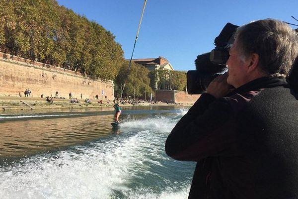 Les skieurs sous l'oeil de la caméra de France 3 Midi-Pyrénées.
