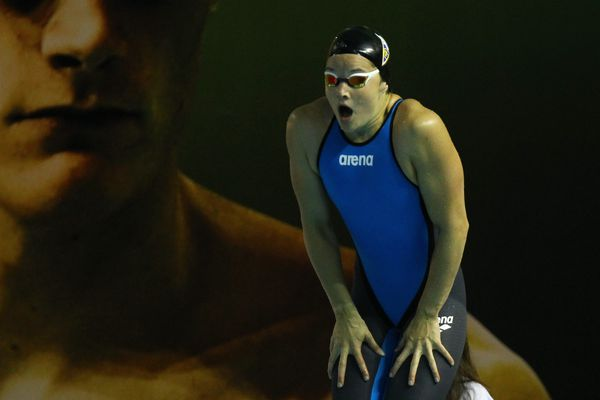 Mélanie Hénique lors du départ du 50m nage libre le 31 mars 2016 à Montpellier