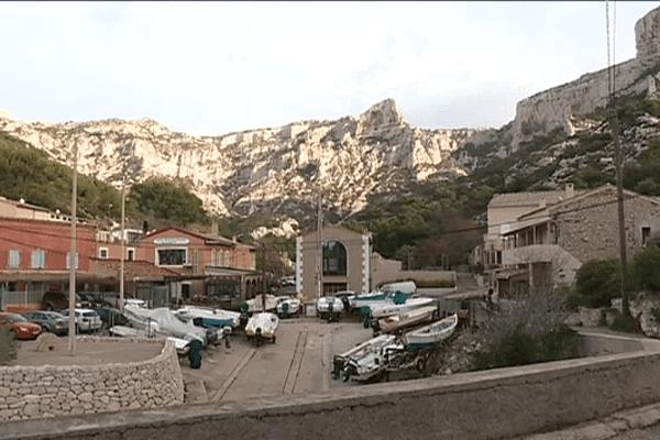 Les habitants de Callelongue dans le 8ème arrondissement de Marseille nous plus de téléphone depuis le 25 novembre
