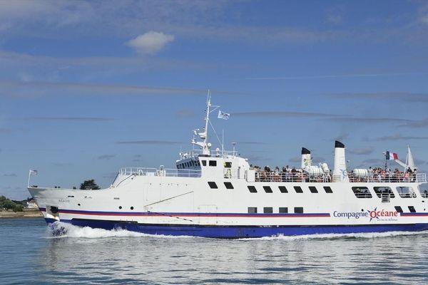 Le ferry Acadie de la Compagnie Océane.