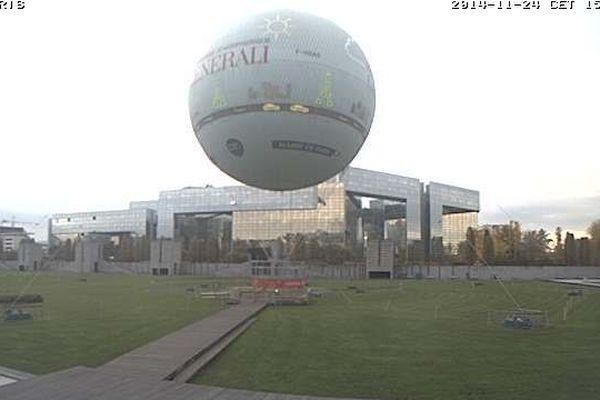 Le ballon au dessus de Paris vous annonce le niveau de particules ultrafines (de 0.2 à 1 micron) par litre d'air mesuré depuis le ballon GENERALI par le LOAC