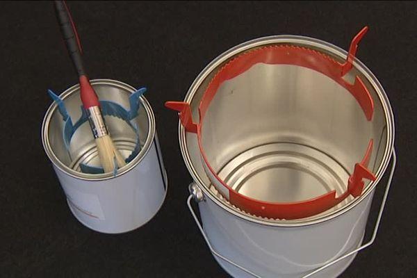Grâce à la bagrine de Jean-Marc Schwaab, plus de coulures sur les pots de peinture.