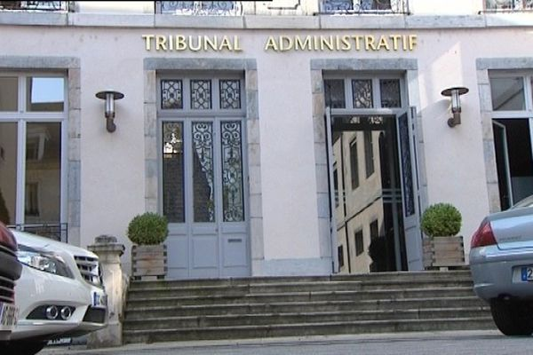 L'affaire a été jugée au tribunal administratif