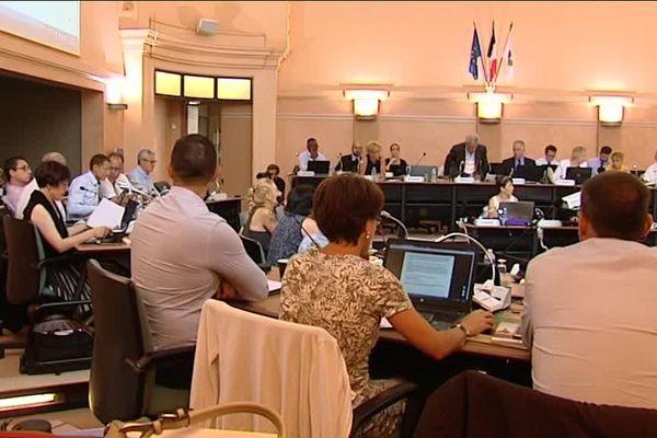 André Villiers (UDI) présidait le 23 juin sa dernière session du conseil départemental.