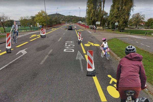 Simulation de piste temporaire réalisée par l'association Metz à vélo