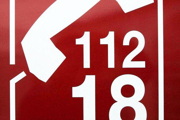 Les numéros d'appel d'urgence pour les pompiers :  le 18 et le 112.