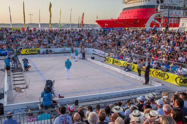 Le stade d'honneur sur l'esplanade du Mucem
