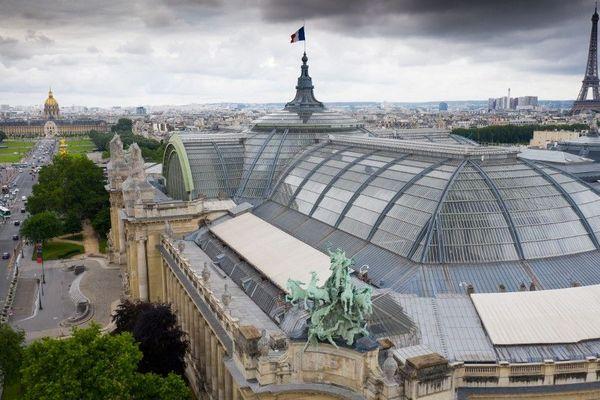 Le Grand Palais vu du ciel grâce à un drone.