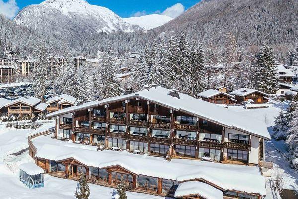 L'hôtel se trouve à Chamonix, en Haute-Savoie.