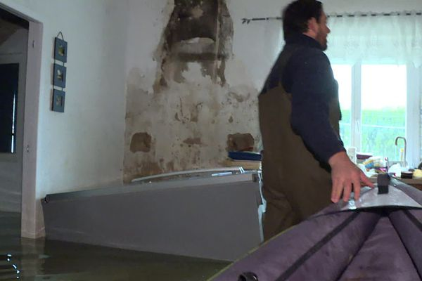 A l'intérieur de la maison des Fiorotto, mieux vaut circuler... en barque