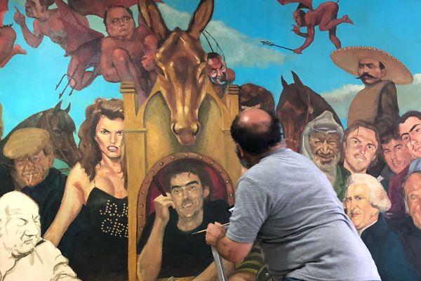 Peintre, illustrateur, bédéiste, dessinateur d'audience... L'artiste Philippe Antonetti multiplie les casquettes.
