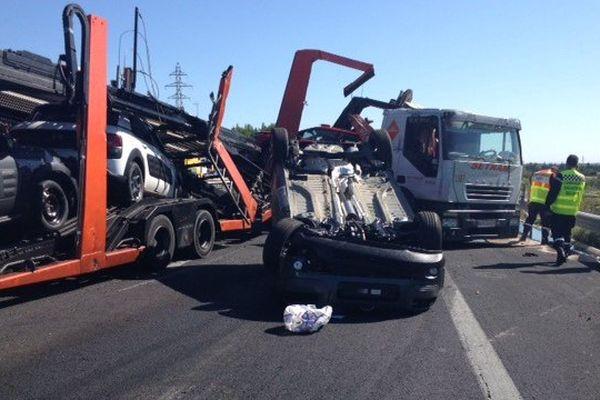 L'autoroute A9 est coupée entre Gallargues (n°26) et Nîmes Ouest suite à un accident - 7 septembre 2015