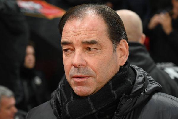 """""""On va continuer à s'accrocher avec nos petits moyens""""  Stéphane Moulin le coach angevin après la défaite face à Nîmes."""