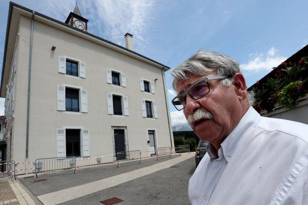 Gérard Simonet le maire de Moirans considère que les conditions sanitaires ne sont pas réunies pour assurer la sécurité des enfants dans les écoles au moment du déconfinement.