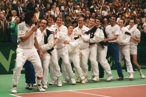 """Saga Africa"" : Toute l'équipe de France célébre sa victoire en coupe Davis"