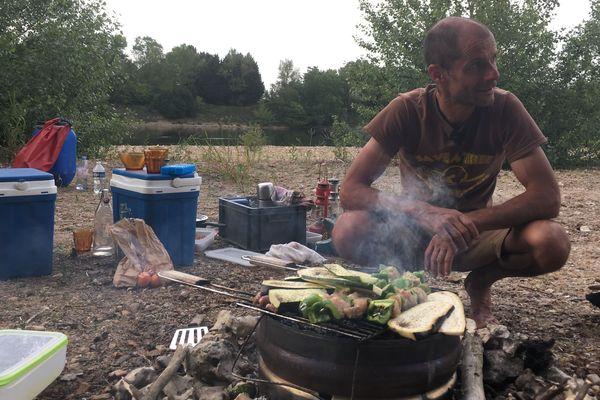 Jean-François Souchard organise des bivouacs sur les îles de la Loire depuis 10 ans.