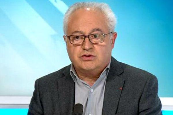 """Le président de l'AJ Auxerre, Guy Cotret, est l'invité du 10e numéro de l'émission web """"Objectif Ligue 1""""."""