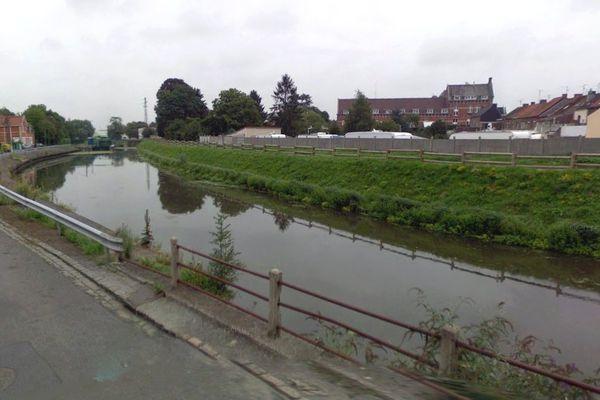 Le corps sans vie du septuagénaire a été découvert flottant dans le canal de la Scarpe.