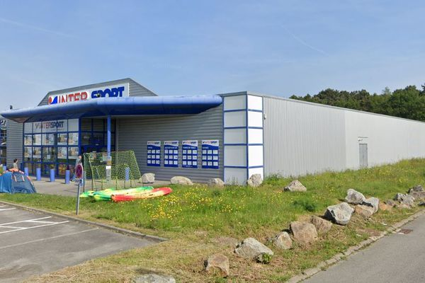 Le magasin Intersport d'Auray.