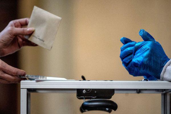 Les Français ont rendez-vous avec les urnes pour le 2d tour des Municipales le 28 juin 2020.