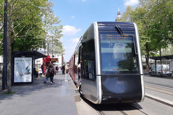 La future ligne de tramway reliant La Riche à Chambray-lès-Tours en passant par le centre-ville tourangeau devrait entrer en service fin 2025.