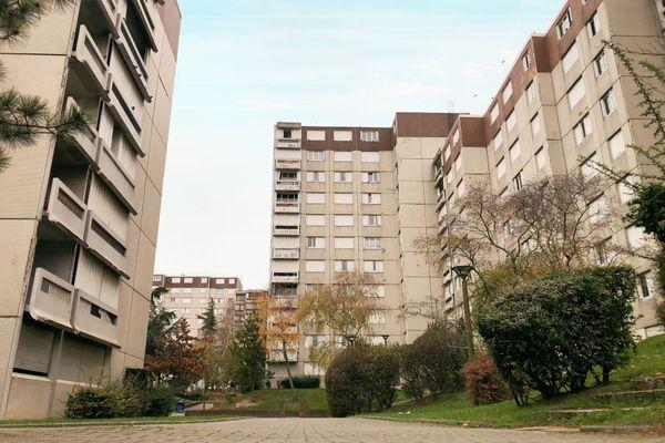 A 15 minutes du centre ville, Croix-Rouge accueille le plus gros quartier d'habitations de Reims.