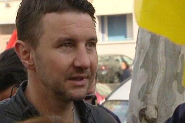 16/04/13 - Olivier Besancenot à Lyon pour soutenir des facteurs en grève depuis 15 jours