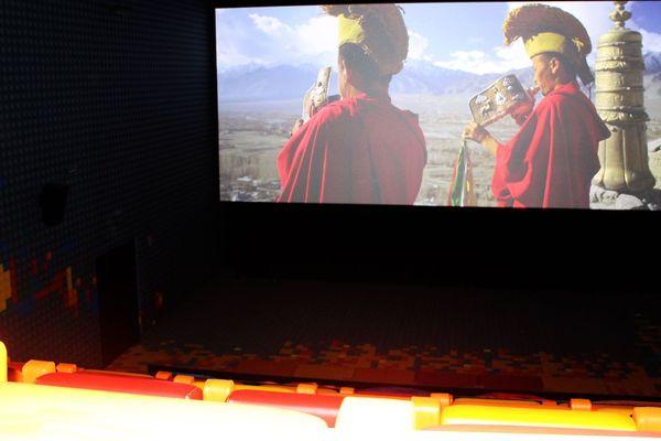"""multiplexe """"EuropaCorp la Joliette"""", salle équipée Dolby Cinéma"""