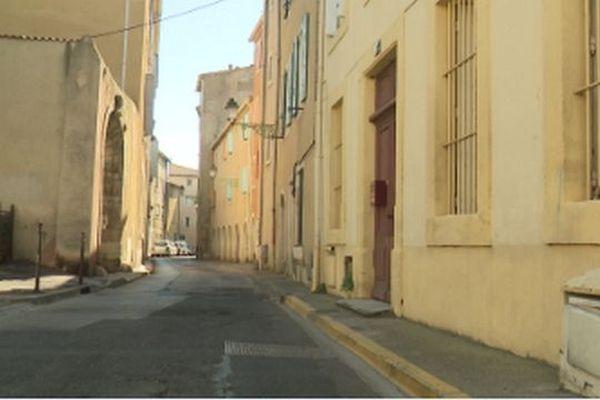 Depuis le mois de juillet 2019, la ville de Narbonne a institué un permis de louer sur deux quartiers pour les locations de plus de huit mois. 350 appartements ont depuis été inspectés par les services de l'hygiène.