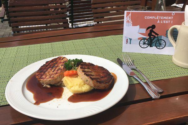 Le Saumagen est un plat traditionnel de Rhénanie-Palatinat en Allemagne, désigné plat préféré du chancelier allemand Helmut Kohl.