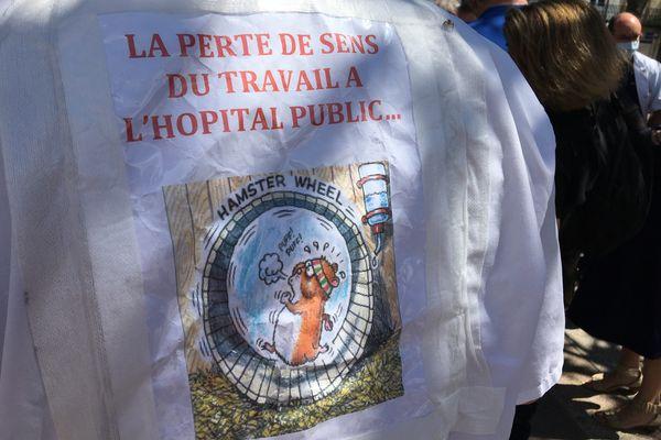 Mobilisation à Limoges pour la défense de l'hôpital public.