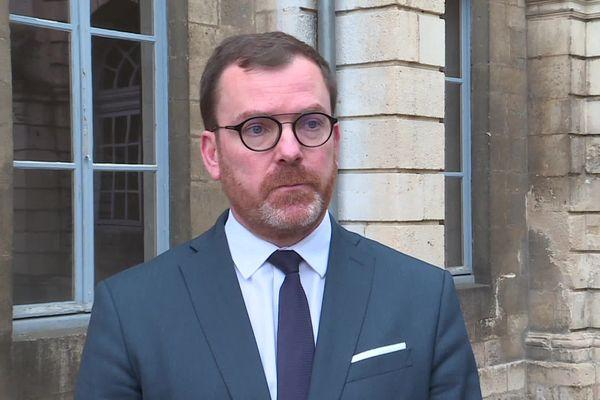 """""""Le protocole habituel, c'est la pratique d'une autopsie dont j'attends les conclusions"""", Guillaume Dupont, Procureur de la République de Verdun"""