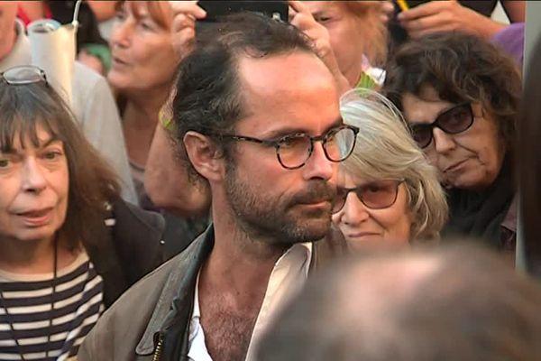 D'un côté, Cédric Herrou, symbole de la lutte pour les migrants.  De l'autre le Préfet des alpes-Mairtimes qui poursuivait l'agriculteur de la Roya pour injures publiques.